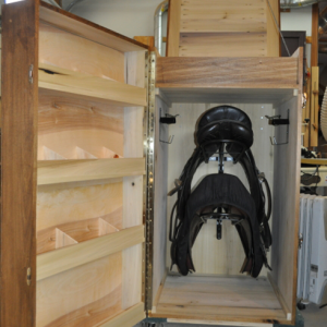saddle trunk inside